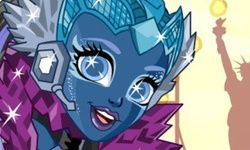 Astranova z Monster High: Obliekacia Hra