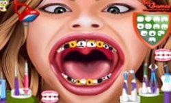 Hannah Montana dal Dentista