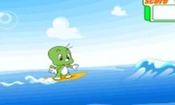 Dooly Surfing