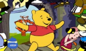Original game title: Pooh Bear Dress Up