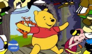 Original game title: Pooh Bear Dress Up