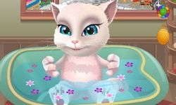Talking Angela Prend un Bain