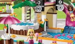Original game title: Lego Friends at the Waterpark
