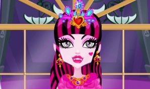 Original game title: Draculaura Princess Dress-Up