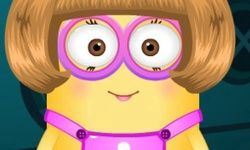 Minion Girl Dress-Up