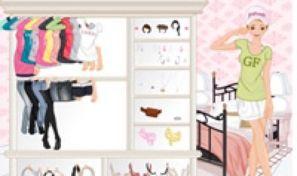 Pink Bedroom Dress Up