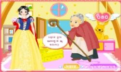 Snow White Dress Up 2