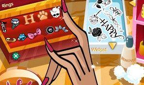 Howleen Wolf Manicure