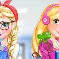 Elsa und Rapunzel: College-Mädchen